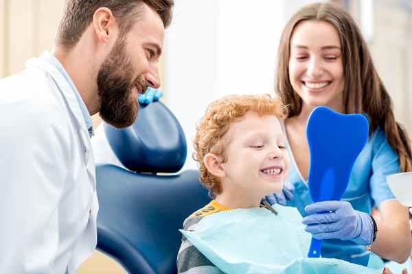 Po co stomatolog zatruwa zęba?